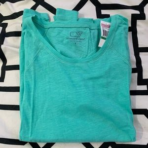 Vineyard Vines Womens L/S size Large